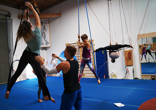 Aerial Straps Class