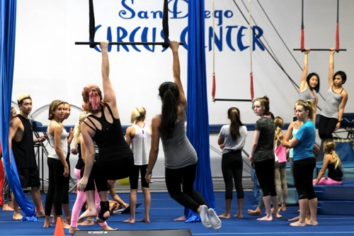YOUTH CIRCUS INTENSIVE