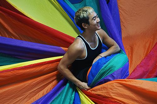 Day-3-summer-camp-parachute- San Diego Circus Center